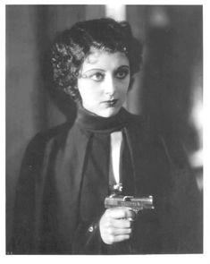 Ann Dvorak in Scarface