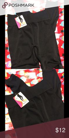 "High waisted leggings Black high waisted seamless leggings. Free size, 10"" rise, 27"" inseam. Fabric is 90% polyester / 10% spandex. Sofra Pants Leggings"