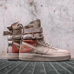 You might still have a chance to pick up these 'Desert Camo' SF Air Force 1s! The high-reaching Uptowns just lended at retailers like @overkillshop. Stay sharp. #sneakerfreaker #snkrfrkr #nike #sfaf1 #af1 #airforce1 #uptown via SNEAKER FREAKER MAGAZINE OFFICIAL INSTAGRAM - Fashion Advertising Culture Beauty Editorial Photography Magazine Covers Supermodels Runway Models