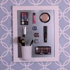 Organize your makeup with this DIY magnetic makeup organizer #DIY #makeup #organize