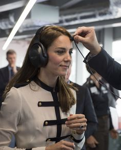 Kate Middleton Photos - Catherine, Duchess of Cambridge, patron of the 1851 Trust, tours the new 'Tech Deck' Education Centre during her visit to the Land Rover BAR team, who are challenging for the 2017 America's Cup, on May 20, 2016 in Portsmouth, England. The Duchess of Cambridge is launching the 1851 Trust's two sailing projects and meeting people involved in the project. Afterwards she will open the 'Tech Deck' Education Centre at the heart of the base. - The Duchess Of Cambridge…
