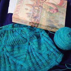 Reading and knitting during the kids dance lessons good to be home! #littlenutmegproductions #meghanjoneslnmp #knit #knittingaddict #knits #knitting #knitting_inspiration #knitted #knitlove #knitters #knittersofig #knittersoftheworld #knittersofinstagram #makersofinstagram #knitdesign #knitdesigner #design #designer #yarn #yarnaddict #yarnlove #yarnlover #yarnsofinstagram #vogueknittingmagazine #cables #knitcables #teal #angorayarn #angora #johnshors