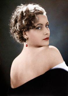 Colored photo of Greta Garbo, beautiful.