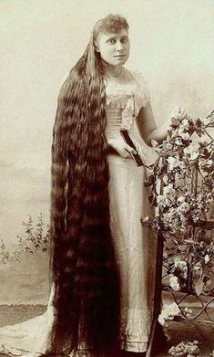 Brunette Balayage for Thick Hair - 50 Cute Long Layered Haircuts with Bangs 2019 - The Trending Hairstyle Casual Updos For Long Hair, Vintage Hairstyles For Long Hair, Long Hair Styles, Face Shape Hairstyles, Hairstyles With Bangs, French Roll Hairstyle, Victorian Women, Victorian Era, Layered Haircuts With Bangs