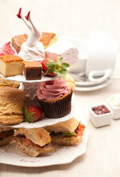 Bea's of Bloomsbury! Best Afternoon Tea in London with or without Champagne. Bea's of Bloomsbury 44 Theobalds Road London Afternoon Tea For Two, Afternoon Tea London, Afternoon Tea Parties, Vegan Teas, Tea Sandwiches, Yummy Cupcakes, High Tea, Tea Time, Tea Party