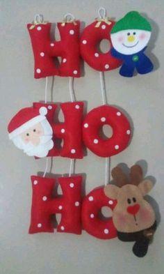 Christmas Crafts, Merry Christmas, Christmas Ornaments, Christmas Tree Decorations, Holiday Decor, Christmas Sewing, Felt Ornaments, Hobbies And Crafts, Garland
