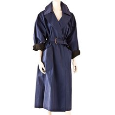 trench: oversized trench coat from the 80s