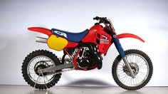 Auction Lot Las Vegas, NV Engine number feared and respected open class motocross bike. It produced the most horsepower of the Honda dirt bikes. Honda Dirt Bike, Factory Work, Motocross Bikes, Honda Cr, Dirtbikes, Atv, Trials, Sick, Las Vegas