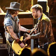 Johnny Depp killin' it with The Black Keys