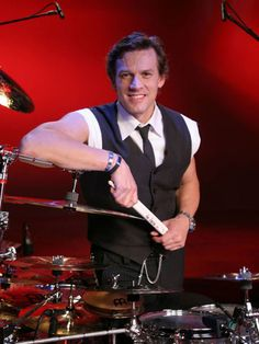 Featured drummer, Thomas Lang