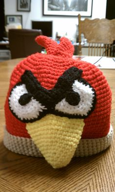 Angry Bird_red beanie