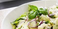 3 x perunasalaatti | TS Ruoka Awesome Food, Good Food, Potato Salad, Potatoes, Drinks, Ethnic Recipes, Kitchen, Party, Drinking