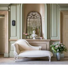 Provencal White Chaise Longue | Chaise Longue - perfect for your French Bedroom.