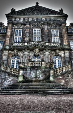 Burgscheidungen Castle, Germany