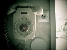 Old phone. WIth a lock! :D