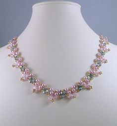 Woven Pearl Necklace in Pink by IndulgedGirl on Etsy Bead Jewellery, Pearl Jewelry, Beaded Jewelry, Beaded Necklaces, Diamond Jewelry, Diy Necklace, Fashion Necklace, Pearl Necklace, Color Rosa Claro