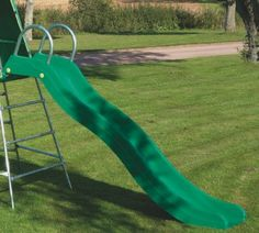explorer2 Crazywavy Slide - the climbing frame that grows with your child. It can be built at 2 levels