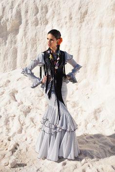 Prom Dresses, Stylish, How To Make, Fashion Weeks, Festivals, Beautiful, Design, Andalusia, Flamenco Dresses