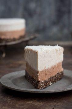 coconut & chocolate ice cream cake