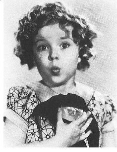 Actress Shirley Temple holding the Jonker rough. This is a good photo to show scale. At the time of its discovery in 1934 the Jonker was the fourth largest gem quality diamond ever unearthed; it was moved to fifth placed four years later when the President Vargas, weighing just 0.6 carats more, was found.