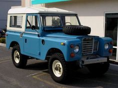Drove a Land Rover like this through much of college while I fixed the GT.