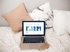 Lifestyle Blog, Irish, Awards, Relax, Laptop, Posts, Instagram, Messages, Irish Language