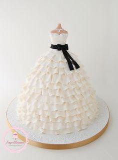 Wedding Dress Cake inspired by a Vera Wang wedding dress