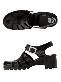 Juju Babe Jelly Sandals now available online! #americanapparel #jellyshoes