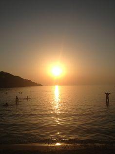 Kini Beach στην πόλη Άνω Σύρος, Κυκλάδες
