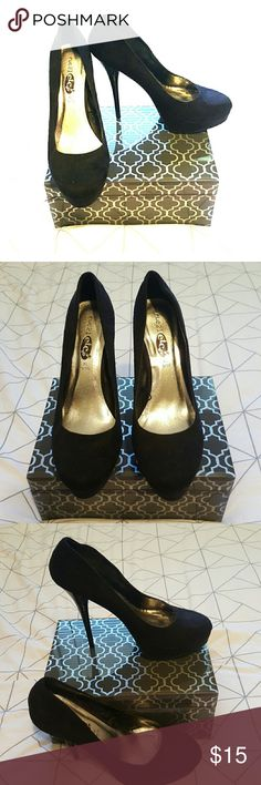 Sexy black suede like heels Amazing black heels great for prom or any special occasion. Go with everything and would look amazing with skinny jeans and a cute top. Say 9/10 but fit more like a 10 Rue 21 Shoes Heels