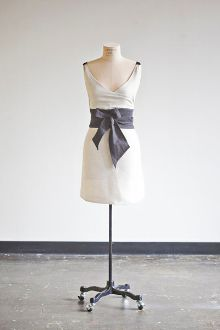Ice Milk Aprons--love these we sell them at our boutique.www.segretofinishes.com