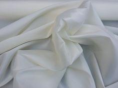 Ivory/Cream shot Taffeta fabric Plain taffeta faux silk fabric curtains blinds draping wedding bridesmaid dress sashes fabric - PER METRE
