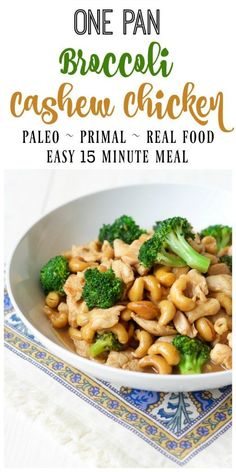 Pan Broccoli Cashew Chicken whips up in 15 minutes and is so easy to make. T One Pan Broccoli Cashew Chicken whips up in 15 minutes and is so easy to make. -One Pan Broccoli Cashew Chicken whips up in 15 minutes and is so easy to make. Healthy Diet Recipes, Clean Eating Recipes, Whole Food Recipes, Eating Clean, Meal Recipes, Budget Recipes, Easy Paleo Dinner Recipes, Paleo Food, Cashew Recipes