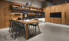 We adore a consistent kitchen. 🤩 Make cooking wonderful with this suited workspace, comprised of glorious teak wood with a special touch of polished Portoro marble. Italian Furniture, Luxury Furniture, Furniture Design, Interior Stylist, Interior Design, Wood Chopping Board, Teak Wood, Luxury Living, Kitchen Furniture
