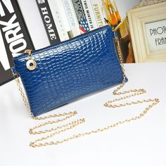 Messenger Shoulder Golden Chain Strap Fashion Crossbody Clutch