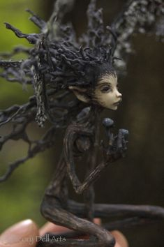 ~ OOAK (one of a kind) figurative art dolls by Candice Cinque. Sculpture in the form of realism, fantasy, faerie, fairy, and cultural themes. Cute Fantasy Creatures, Woodland Creatures, Magical Creatures, Spirited Art, Fairy Figurines, Fairytale Art, Forest Fairy, Creepy Art, Miniature Fairy Gardens