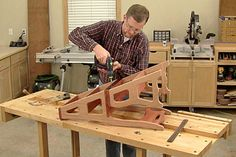 Woodworkers Journal : Portable Power Tools : Building a Convertible Step Stool and Chair