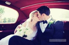 Find out what photographs your wedding photographer needs to take on SHEfinds Weddings.