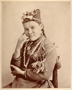 1893 Chicago World's Fair Ethnic Portrait Sami Woman Lapland Costume Dress Hat