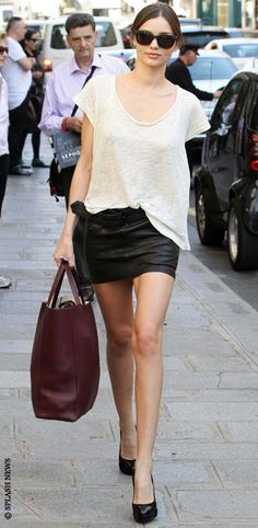 Miranda Kerr - Model Off Duty Street Style #fashion #model Streetstyle