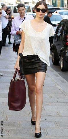 Miranda Kerr - Model Off Duty Street Style #fashion #model Streetstyle