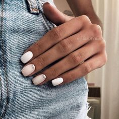 Nageldesign - Nail Art - Nagellack - Nail Polish - Nailart - Nails nagel design If you have been int Perfect Nails, Gorgeous Nails, Pretty Nails, Cute Easy Nails, Nail Design Glitter, Nails Design, Nail Polish, Neutral Nails, Pale Nails