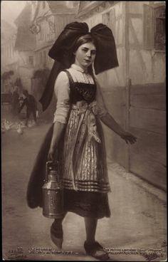 La petite Laitière, alsacienne