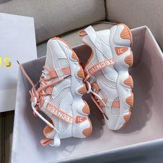 Girls Sneakers, Girls Shoes, Ladies Shoes, Sneakers Adidas, Shoes Women, Womens Fashion Sneakers, Fashion Shoes, Men's Fashion, Style Streetwear