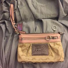 Coach Poppy Pink wristlet Coach Poppy Pink wristlet Coach Bags Clutches & Wristlets