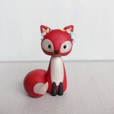 cake Art polymer clay - Red Fox clay figurine - boho style fox sculpture - red fox woodland cake topper - fox polymer clay ornament by Heartmade Cottage Sculpey Clay, Polymer Clay Ornaments, Polymer Clay Figures, Polymer Clay Animals, Cute Polymer Clay, Cute Clay, Polymer Clay Miniatures, Polymer Clay Projects, Polymer Clay Charms