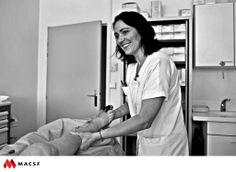 "Stéphanie, infirmière / MACSF - Exposition ""Hospitalier en lumière"""