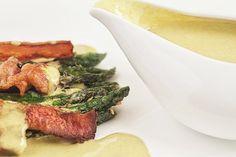 Disfrute la combinación del cilantro y el chipotle en este Aderezo.