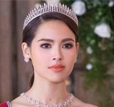 Thai Princess, Princess Alice, Holy Chic, Got The Look, Korean Actresses, Beauty Make Up, Woman Crush, Love Photography, Beauty Women