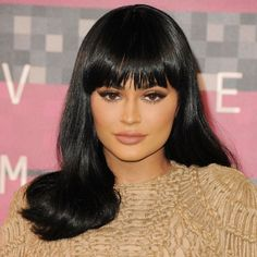 Kylie Jenner shows off her new bangs